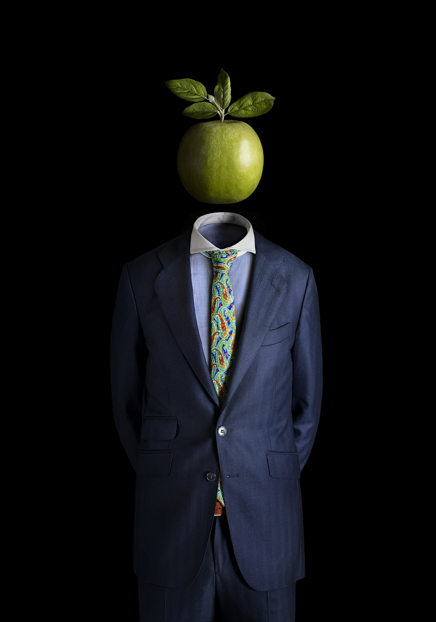 Miguel Vallinas Prieto, Ceci n'est pas une pomme, 2017, £1400, c-type, My Life in Art