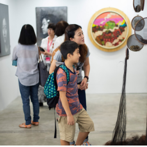 Art browsing at Affordable Art Fair Singapore